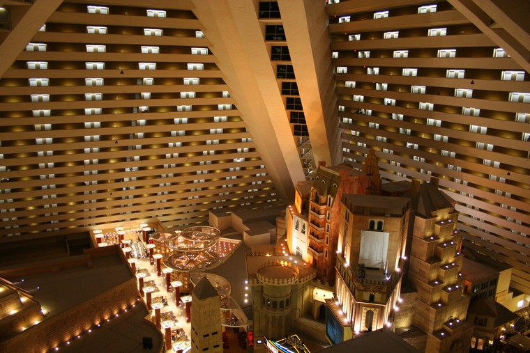 Luxor Hotel Inside The Pyramid Usa South West Tour 2005 10 Of 114